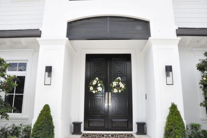 Exterior Front Door 025