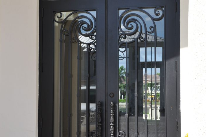 Exterior Front Door 028