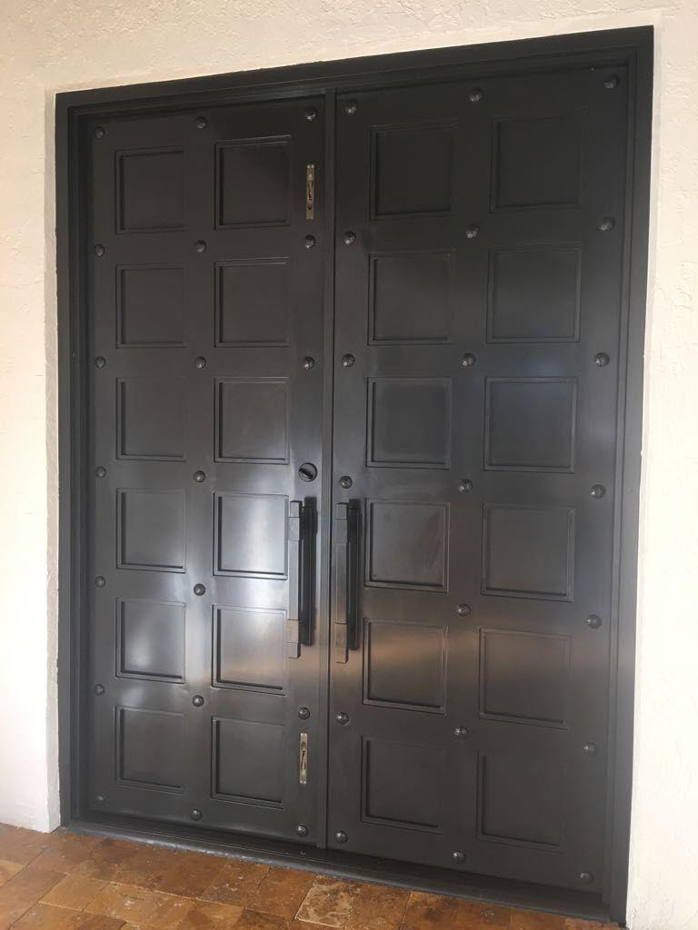 Exterior Front Door 029