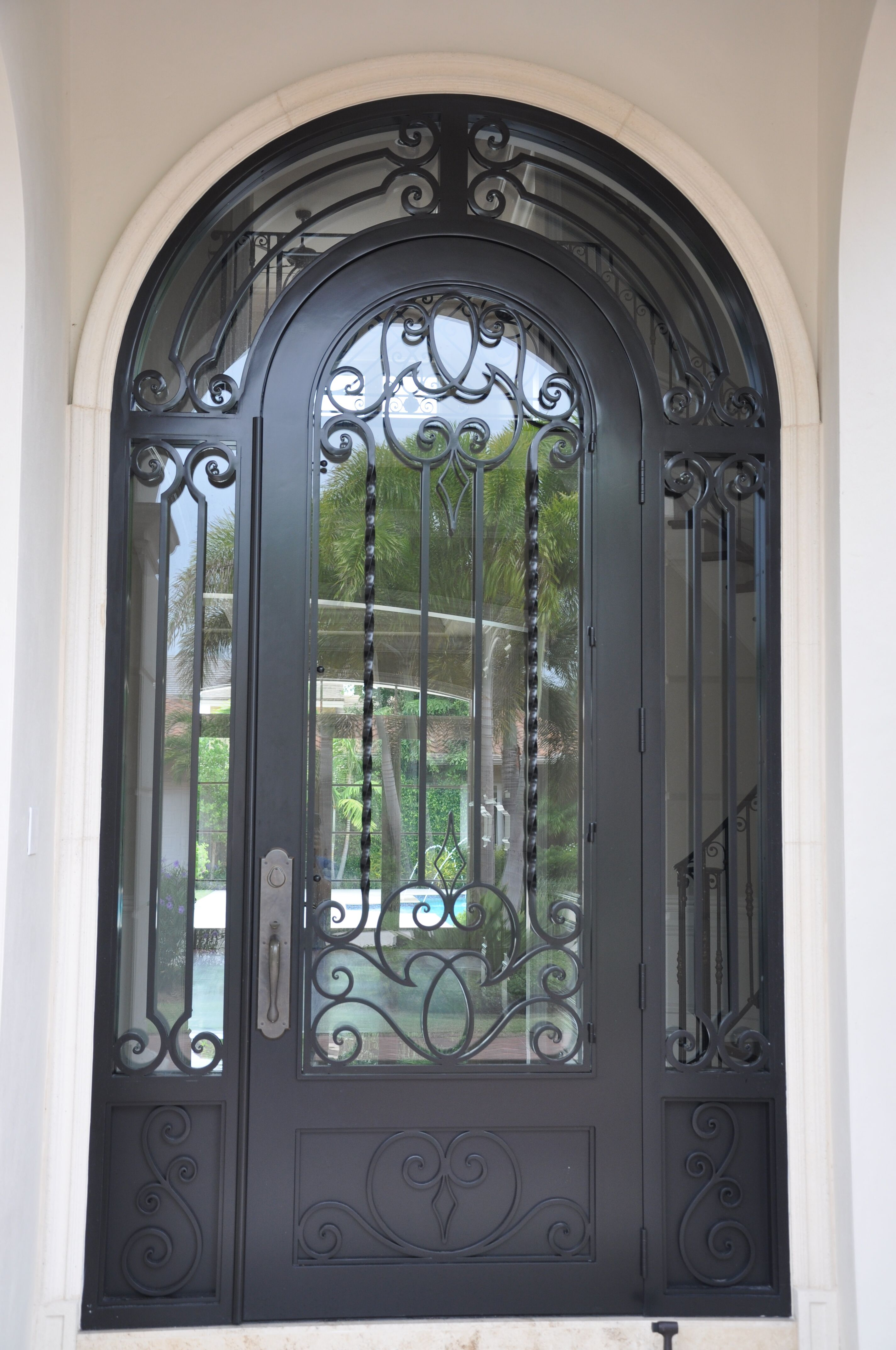 Exterior Front Door 003