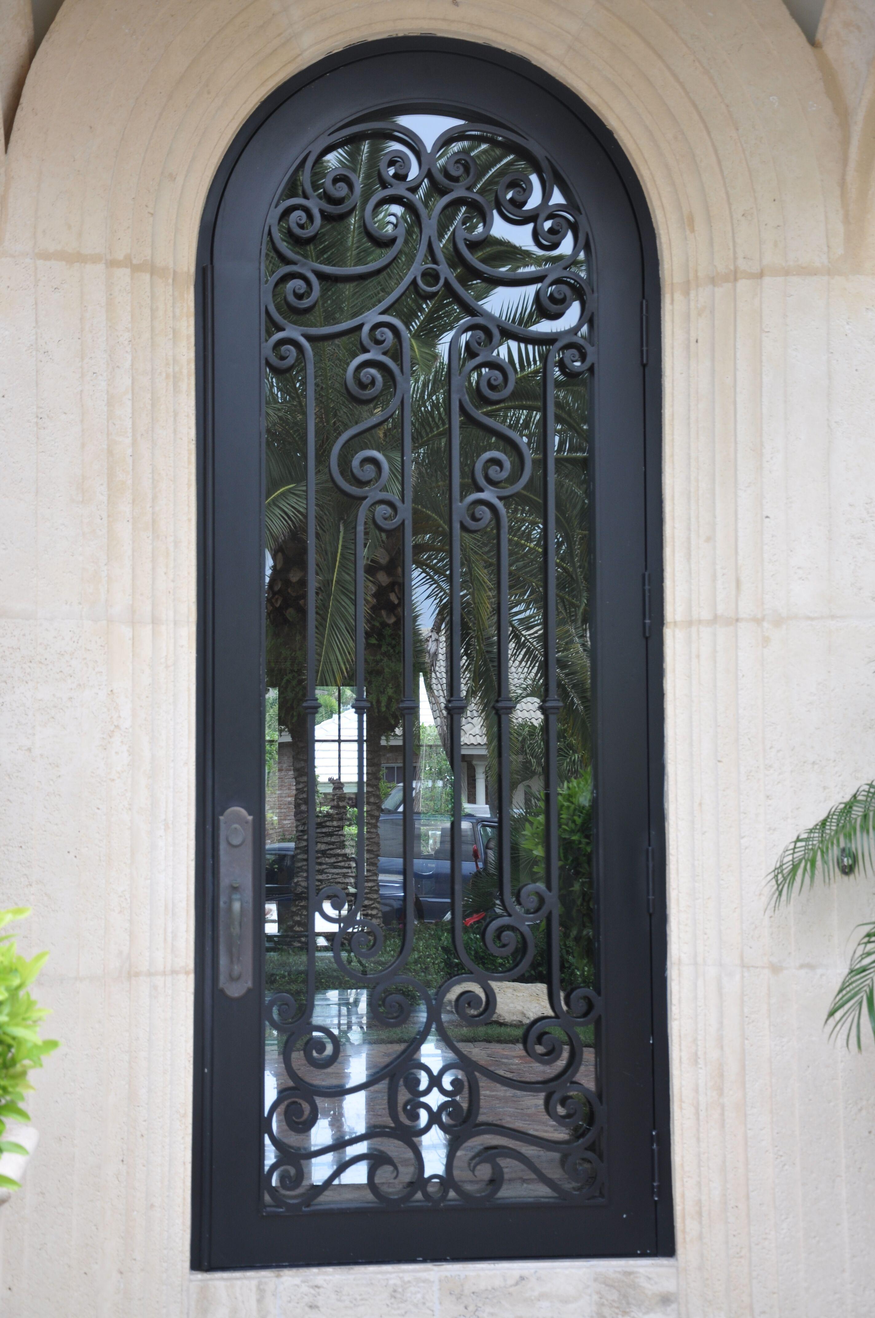 Exterior Front Door 004