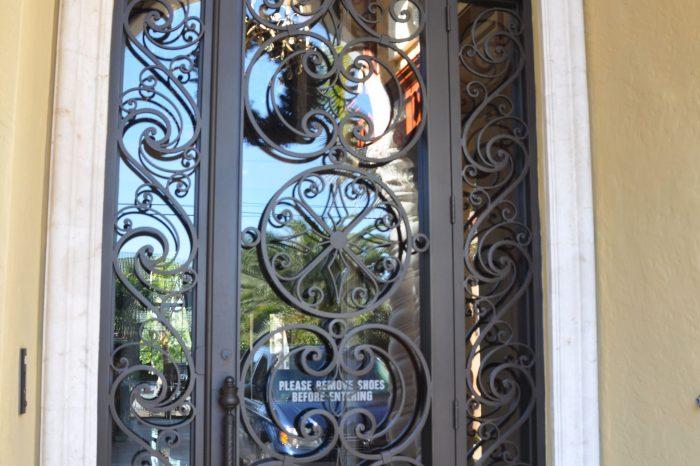 Exterior Front Door 010