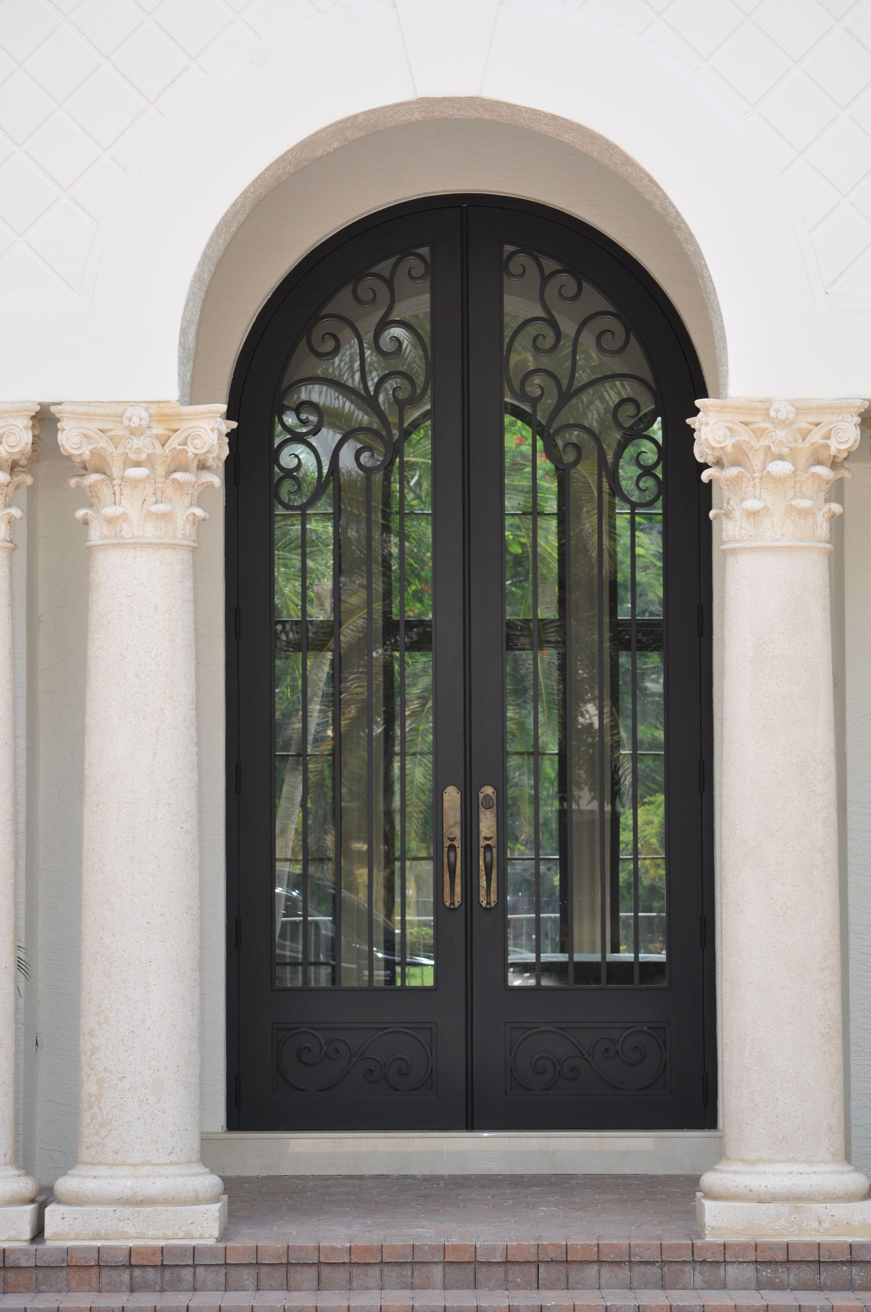 Exterior Front Door 012