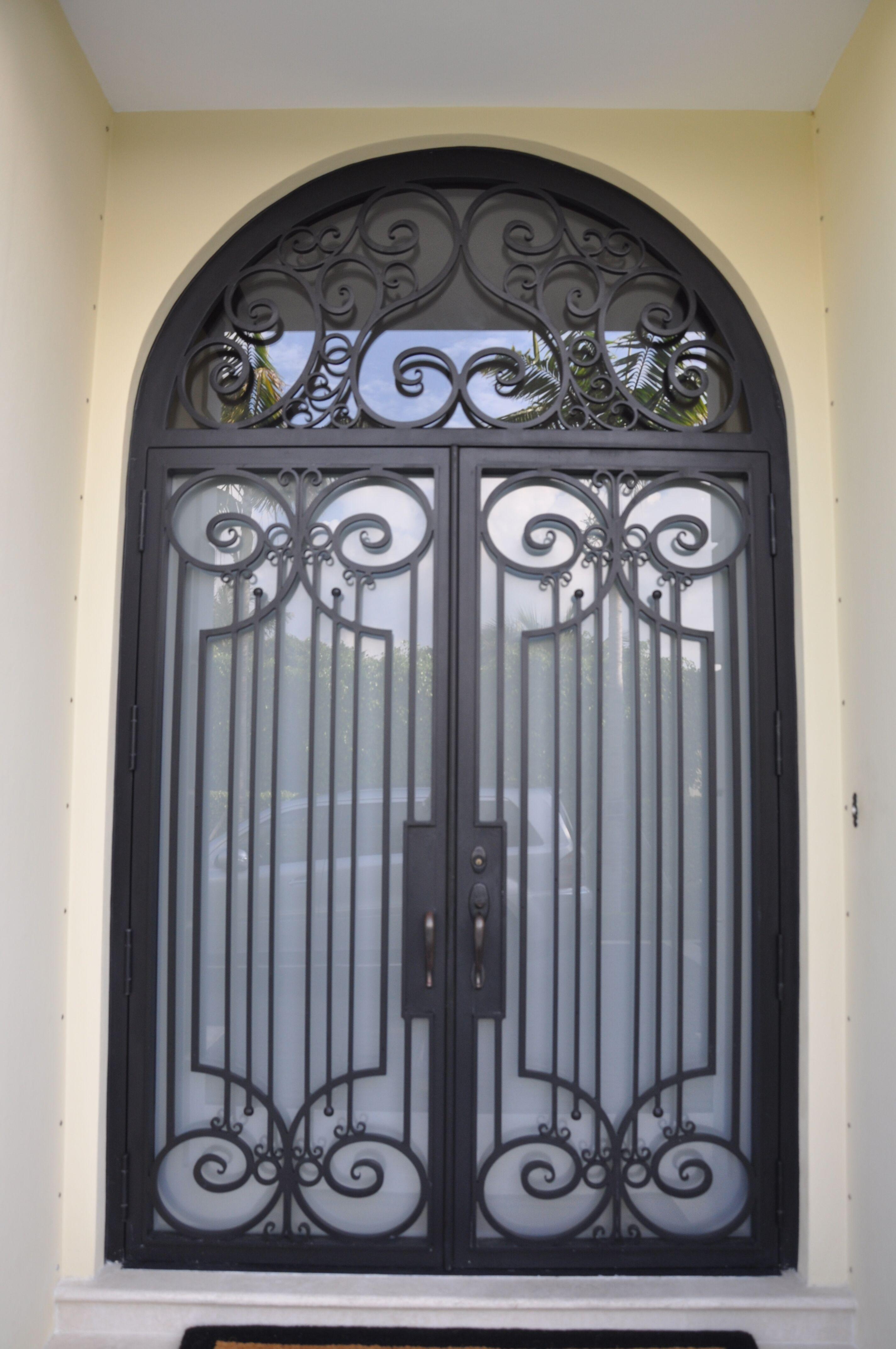 Exterior Front Door 013