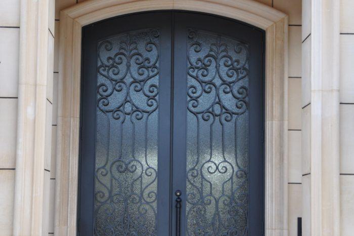 Exterior Front Door 017