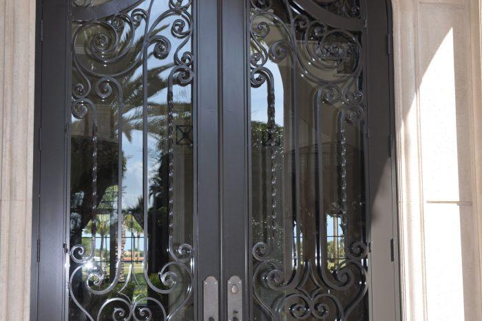Exterior Front Door 018