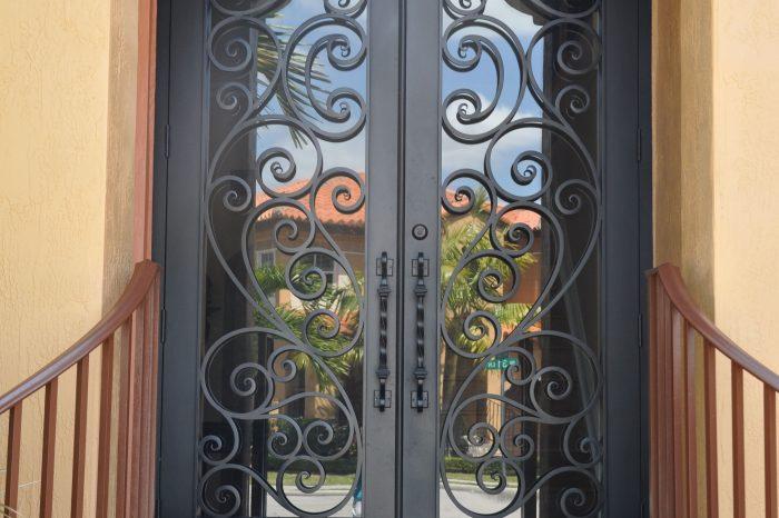 Exterior Front Door 019