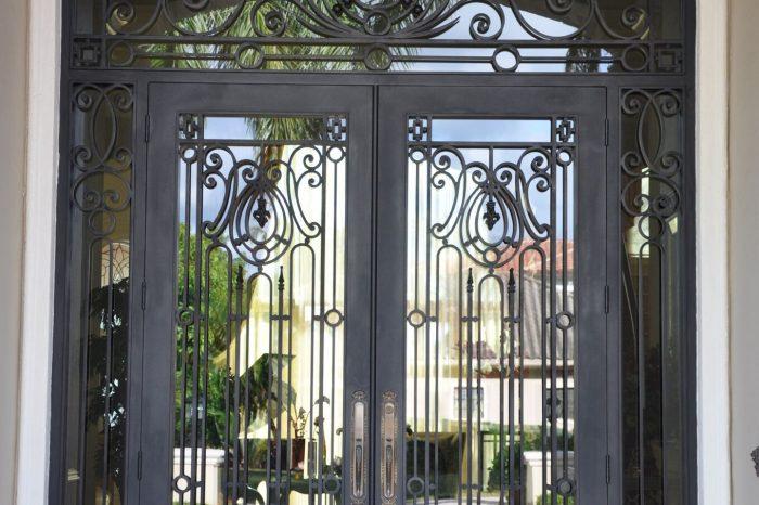 Exterior Front Door 022