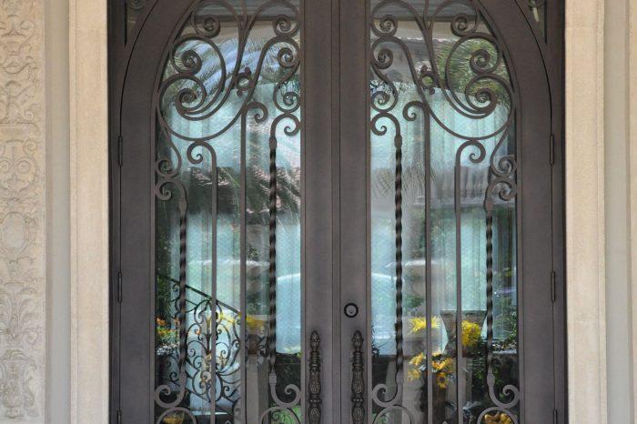 Exterior Front Door 024