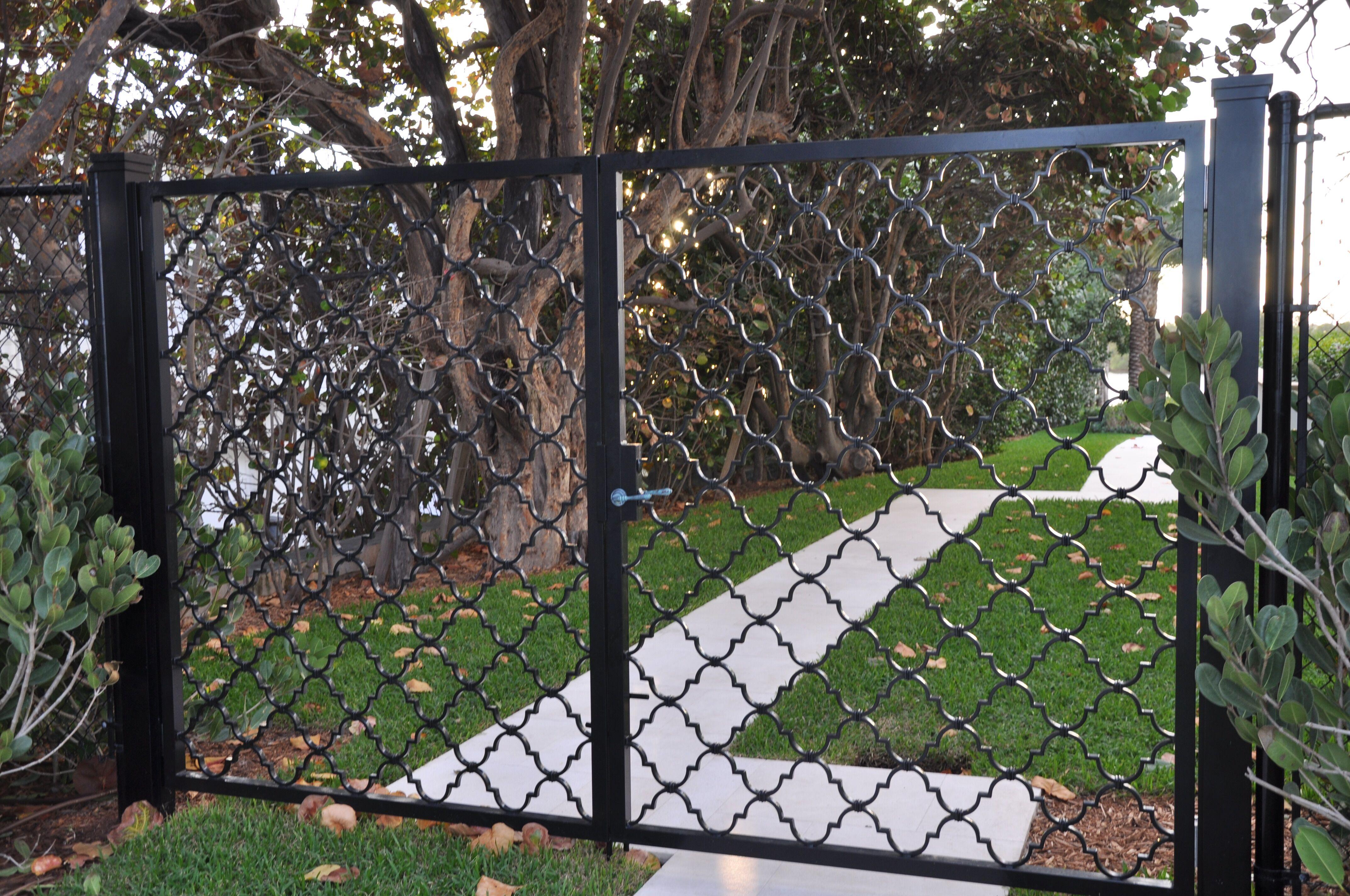 Pedestrian Gates 002