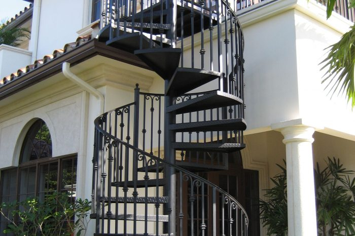Spiral Stairs 001