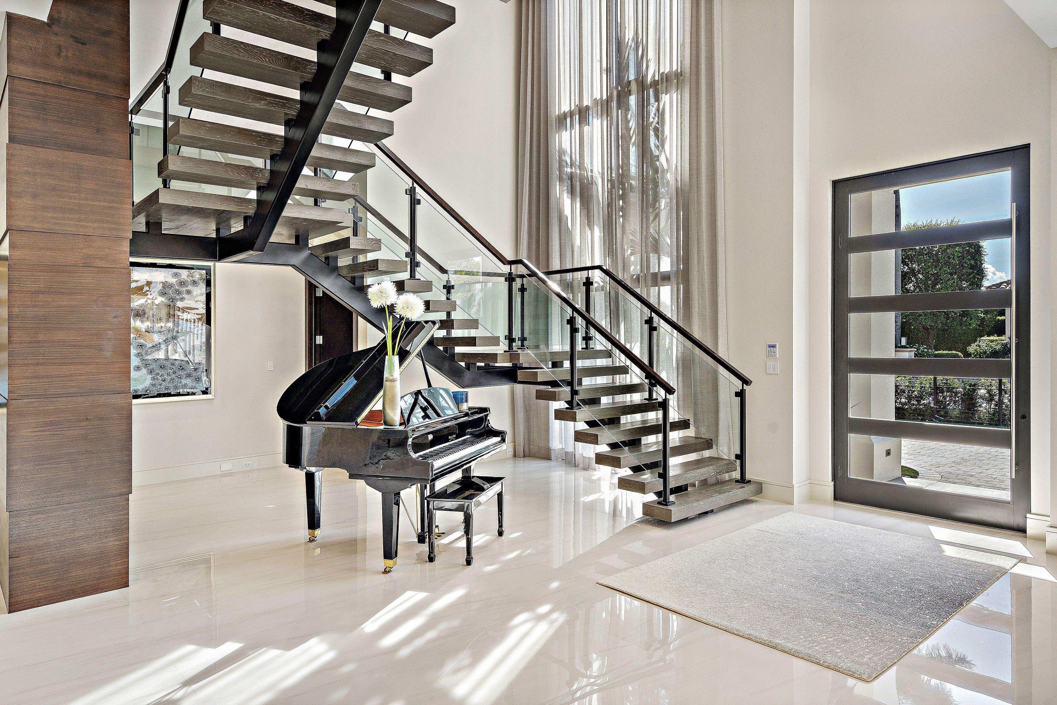 Interior Railings 013