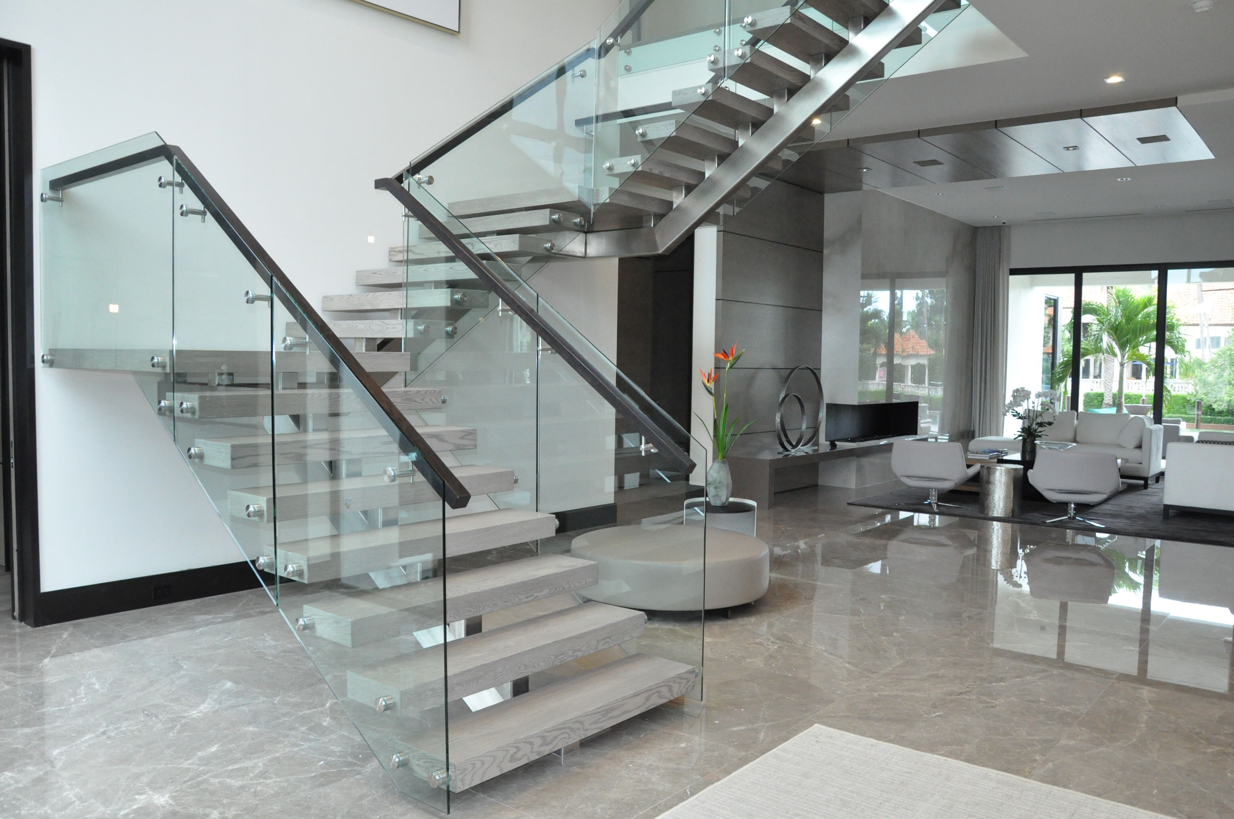 Stainless & Glass 029